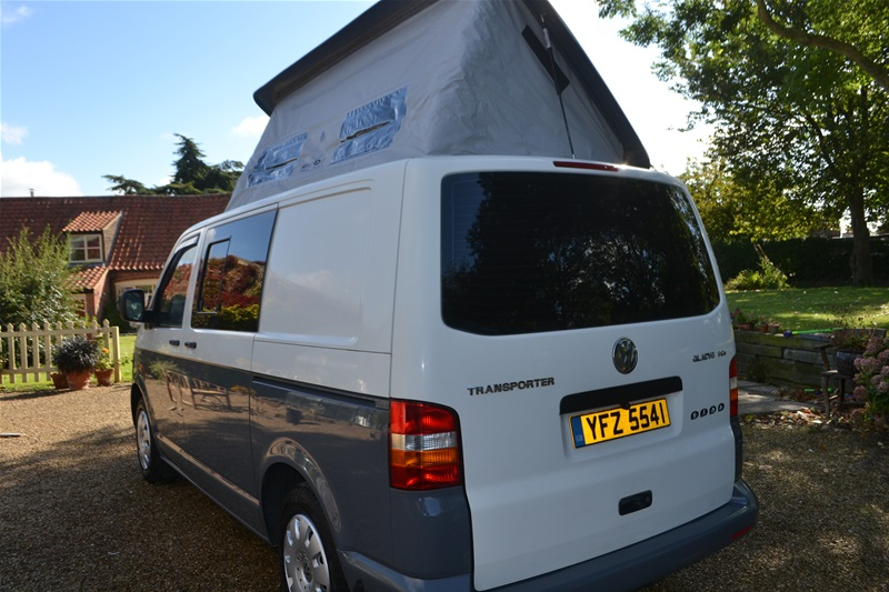 2005 VW T5 2 Berth