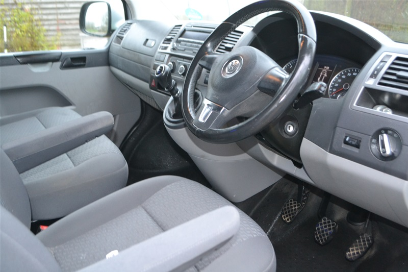 2013 VW T5 4 Berth